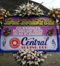 bunga papan duka cita bandung, karangan bunga papan duka cita di bandung, bunga ucapan duka cita bandung, bunga papan bandung, rangkaian bunga papan bandung, jual bunga papan di bandung