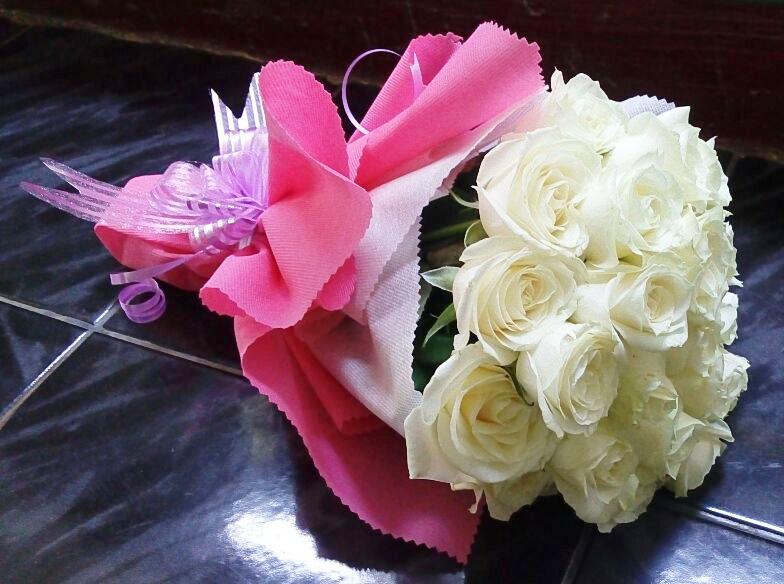 Jual Rangkaian Bunga Mawar Online Bandung Arttya Florist